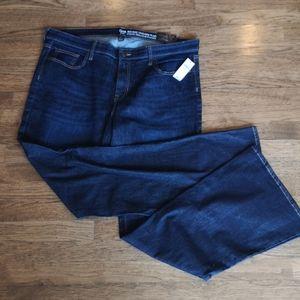 Gap Dark Wash Mid-Rise Tall Plus Size Jean…